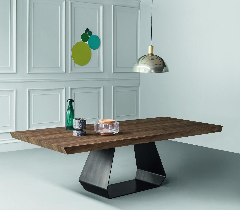 Dining tables amond - Tapijt toulemonde bochar t balances ...