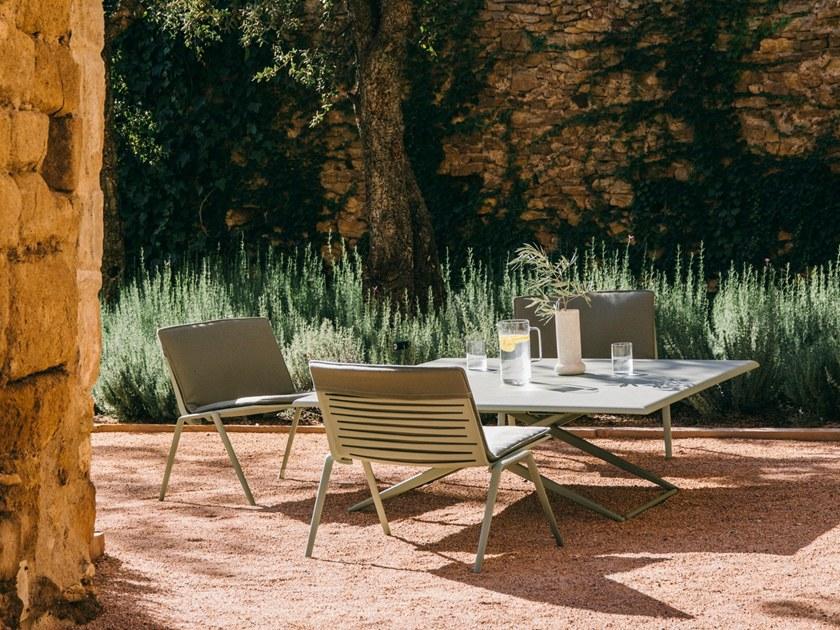 Gentil Zebra Lounge Chairs   Tea Green Finish
