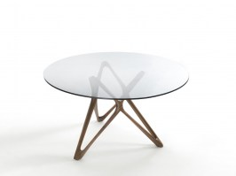 Circe dining table