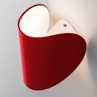 IO Wall light in red