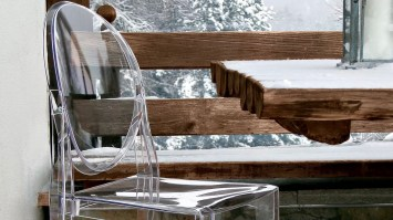 Victoria Ghost chair in transparent B4 Crystal