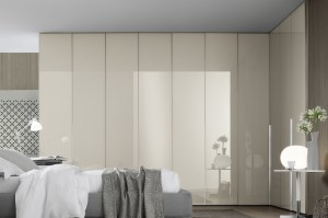 Ghost glass door wardrobe in Corda_crop