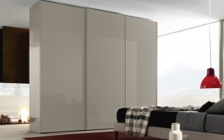 Jesse Icona Sliding Door in Tortora lacquer