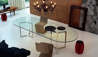 Raj Light dining table with round ends - insitu 2