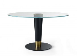 Upside 14 glass top table_2