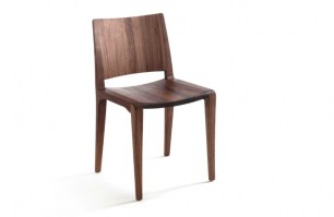 Voltri chair in walnut