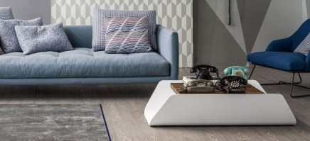 Bend Coffee table_white with walnut