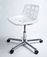 Polo swivel chair in white